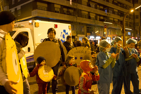 ambulancia-carnaval-sants-2