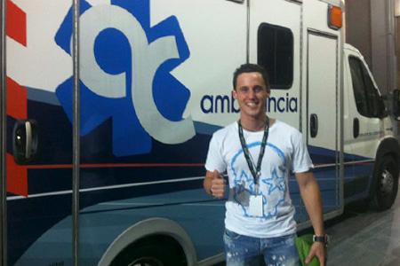 Pol Espargaró davant l'ambulància catalunya