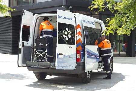 Servicio de transporte sanitario concertado de Ambulàncies Catalunya