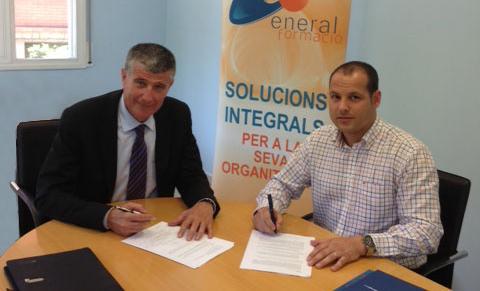 firma convenio formación en transporte sanitario