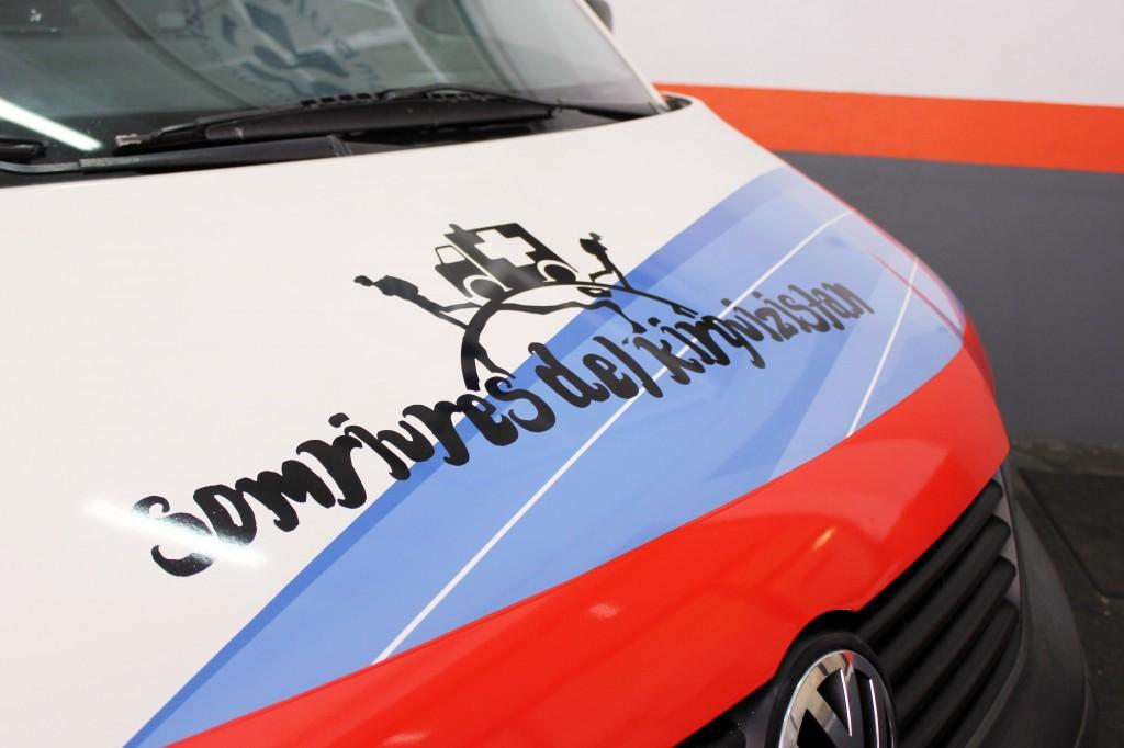 donación ambulancia al proyecto solidario Somriures del Kirguizistan