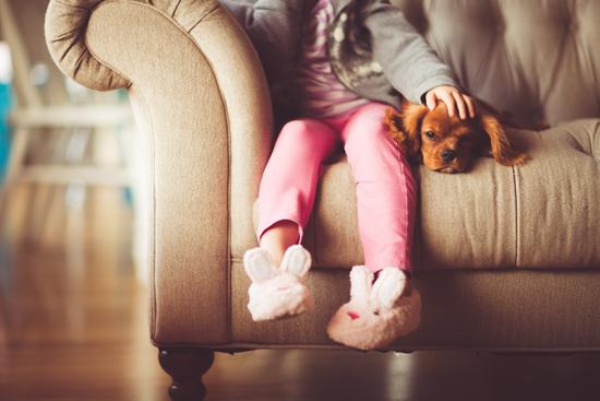 cuidar niños en casa